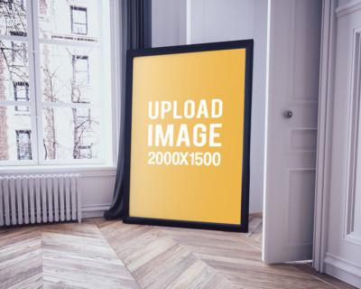 Poster-frame-on-the-floor