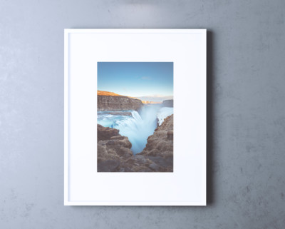 Single-wall-frame-mockup